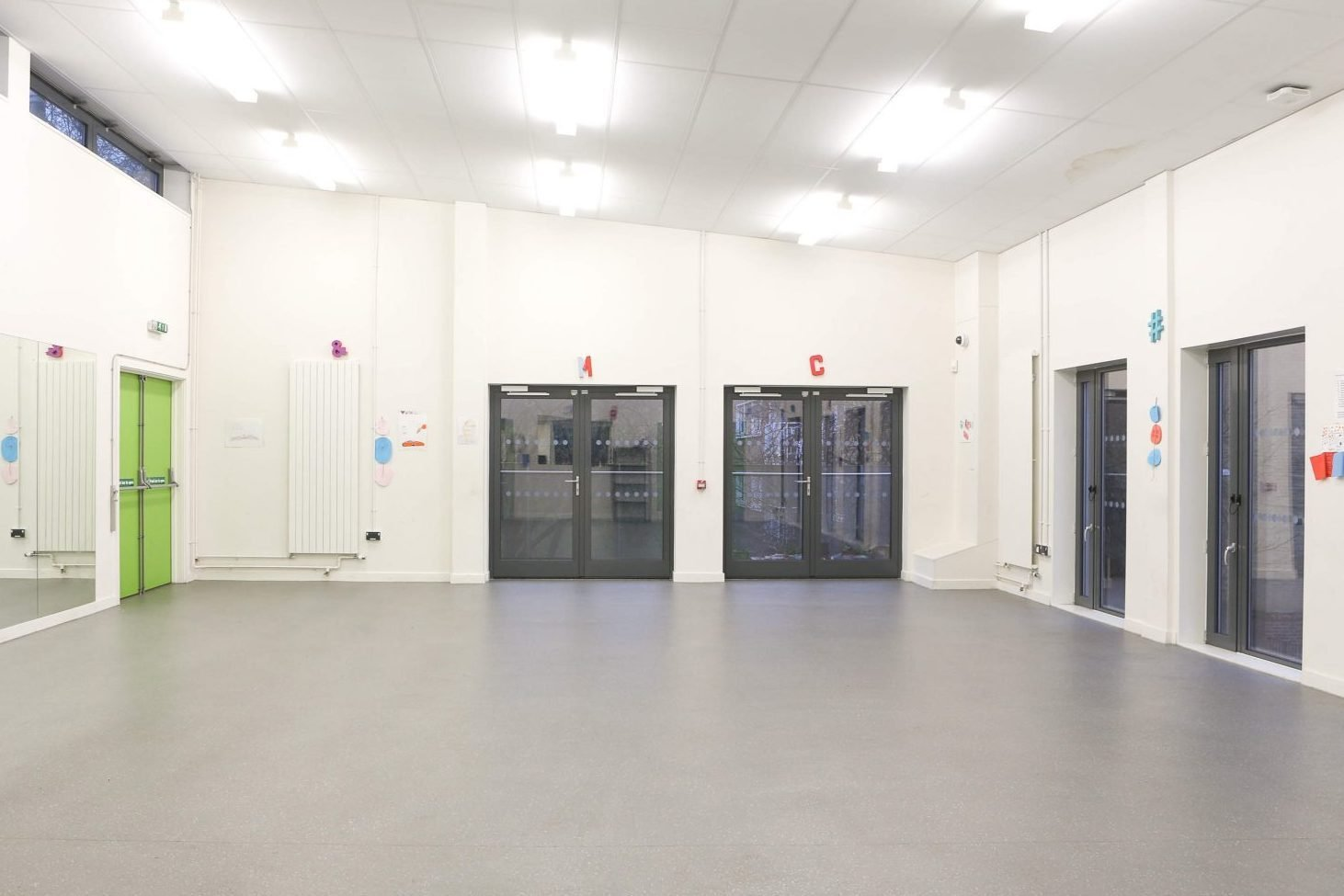 Yellow Qube large room to hire
